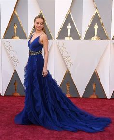 88th Academy Awards Red Carpet extravaganza and glamour - OSCARS 2016 fashion style - Brie Larson in Gucci