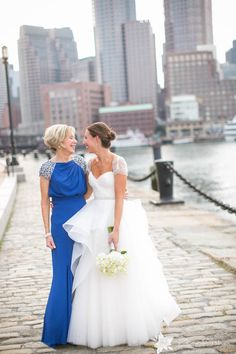 Photography: Zev Fisher - zevfisher.com/  Read More: http://www.stylemepretty.com/2015/05/18/romantic-boston-skyline-wedding/