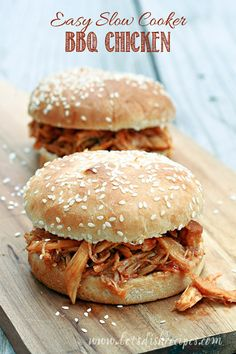 Easy Slow Cooker BBQ Chicken: Slow cooked, shredded chicken in a tangy homemade barbecue-style sauce. Perfect for sandwiches, tacos and more! Slow Cooker Bbq, Slow Cooker Chicken, Slow Cooker Recipes, Crockpot Recipes, Chicken Recipes, Cooking Recipes, Cookbook Recipes, Easy Meal Plans, Easy Meals
