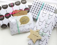 Gratis inpakpapier voor Kerst! Free wrapping paper for Christmas.