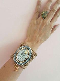Zipper Jewelry, Leather Jewelry, Beaded Jewelry, Handmade Jewelry, Beaded Bracelets, Bracelet Crafts, Crochet Bracelet, Jewelry Crafts, Engraved Necklace