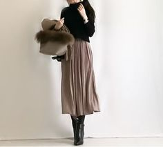 Looking For Stunning Winter Outfits? Fast Fashion, Cute Fashion, Modest Fashion, Fashion Pants, Hijab Fashion, Daily Fashion, Korean Fashion, Fashion Outfits, Womens Fashion