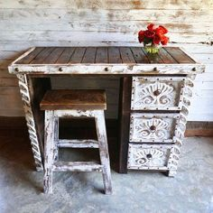 Agave Make-Up Vanity Sofia's Rustic Furniture Shabby Chic Decor Shabby Chic Living Room Furniture, Shabby Chic Dining Room, Rustic Wood Furniture, Shabby Chic Bedrooms, Shabby Chic Kitchen, Shabby Chic Homes, Shabby Chic Decor, Furniture Ideas, Distressed Furniture
