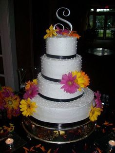 4 tiered Gerber Daisy wedding cake I made for my sister, Wendy --Tina Johnson (Save Room For Cake!)