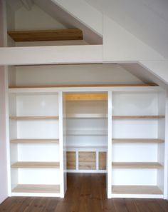 Walk in Closet - Project - Custom creative Attic Bedroom Designs, Closet Designs, Attic Renovation, Attic Remodel, Writers Desk, Creative Closets, Slanted Ceiling, Attic Staircase, Attic Storage