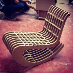 7 Creative Ideas: Home Furniture Bathroom pallet furniture seating.Classic Furniture Annie Sloan classic home furniture. Refurbished Furniture, Plywood Furniture, Pallet Furniture, Furniture Decor, Furniture Design, Modular Furniture, Furniture Showroom, Furniture Market, Furniture Movers