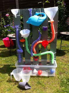 Kids Outdoor Play, Outdoor Play Areas, Backyard Play, Kids Play Area, Outdoor Learning, Play Pool, Diy Garden Projects, Projects For Kids, Diy For Kids
