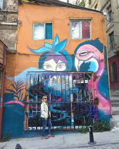 #goodafternoon #mutlubirgünolsun #street #streetart #streetartistanbul #galata #beyoğlu #istanbul #turkey #graffiti #murals #photography #streetphotography #picture #photographyoftheday #instagram #sanat #art #colors #turkishinstagram #instalike #instalook #instashot http://turkrazzi.com/ipost/1521019325971199805/?code=BUbvwStBHc9