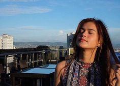 Filipina Actress, Star Magic, Girl Dancing, Pinoy, Ukulele, Singing, Actresses, Songs, Music
