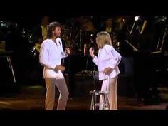 Barbra Streisand & Barry Gibb - Guilty (Live, where, when ?) - YouTube