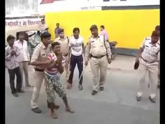 Madhya Pardesh mein MAJNU KI LIVE PITAI by Indore Police -  We Cares