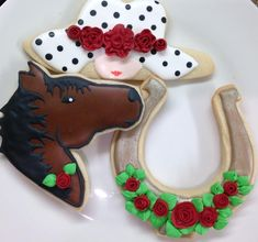 Hat, horse, and horseshoe cookies