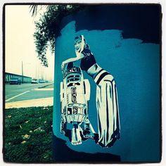 #idreamofjeannie #NewOrleans #whereilive #frenchquarter #marigny #streetart #streetphotography #graffiti #starwars #droids #robots by voodooesq