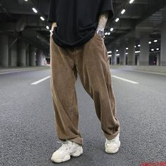any issues you may have in a cordial and friendly manner. All products are quality checked. Loose Pants Outfit, Long Pants, Trouser Outfits, Casual Outfits, Men Trousers, Wide Trousers, Mens Corduroy Pants, Wide Leg Pants, Ropa Hip Hop