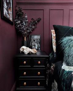 Dream Rooms, Dream Bedroom, Home Bedroom, Bedroom Decor, Bedrooms, Dark Home Decor, Goth Home Decor, New Wall, Apartment Design
