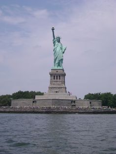 Statue of Liberty - New York City Vacation Places, Places To Travel, Places To See, Liberty New York, Liberty Island, Manhattan New York, Famous Landmarks, Our Lady, Historical Sites