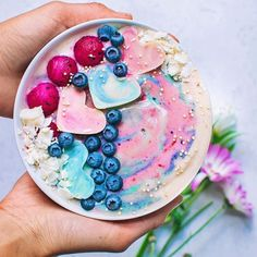 Unicorn smoothie bowl  unicorn white chocolate hearts! For thehellip