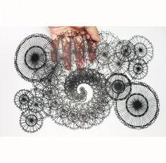 切り絵 フラクタル図形のサーカス | Kuroneko miyuki 切り絵