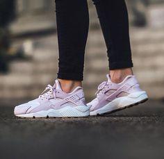 Nike Wmns Air Huarache Run Textile - Bleached Lilac