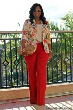 Curves and Confidence Floral Blazer Miami Fashion, Work Fashion, Curvy Fashion, Plus Size Fashion, Fashion Outfits, Fashion Scarves, Fashion Styles, Fashion Fashion, Fashion Tips