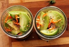 Hot Pickled Green Tomatoes