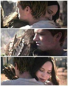 Katniss Y Peeta, Hunter Games, I Volunteer As Tribute, Hunger Games Humor, Harry Potter, I Believe In Love, Black Ops, Love Book, Real People
