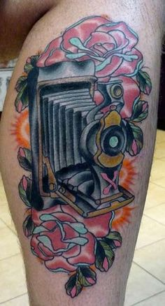 Looking for inspiration for a camera tattoo. Looking for inspiration for a camera tattoo. Camera Tattoo Design, Camera Tattoos, Photographer Tattoo, Tattoo Photography, Sunken Ship Tattoo, Movie Camera, Baby Tattoos, Cool Art, Awesome Art
