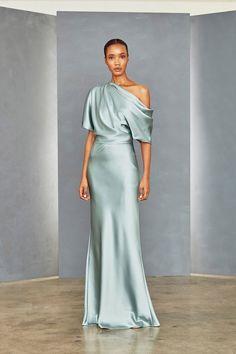 Fluid Satin off-one-shoulder draped bodice gown with bias column skirt. Shown in Jade. Satin Dresses, Elegant Dresses, Silk Dress, Beautiful Dresses, Formal Dresses, Draped Dress, Club Dresses, Party Dresses, Little White Dresses