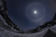 22° Lunar Halo April 07 2012 Amateur Astronomy Picture of the Day - Astronomy.FM