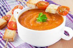 Paradajková polievka so zeleninou