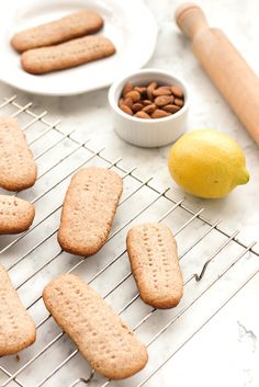 Crispy grain-free shortbread cookies that has the fragrance of citrus lemon mixed with the natural sweetness of honey. Gluten Free Bakery, Gluten Free Sweets, Gluten Free Recipes, Keto Recipes, Healthy Holiday Recipes, Healthy Desserts, Just Desserts, Healthy Food, Paleo Cookies