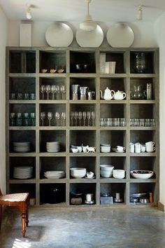 12 Concrete Interiors: Concrete cubbies might not be your first choice for storing porcelain, but the chunky concrete shelving unit is gorgeous. The floor in the kitchen of this house in Sri Lanka, by architect Geoffrey Bawa, is polished concrete too. Kitchen Shelves, Kitchen Storage, Kitchen Pantry, Pantry Storage, Open Pantry, Dish Storage, Cube Storage, Kitchen Dishes, Glass Shelves