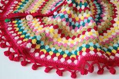 Cherry Heart: Granny's Christmas Tree Skirt