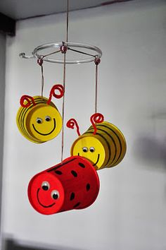 bug mobile - IDEA STARTER!  Journey One - Daisy Flower Garden  Chapter 2 - Bee
