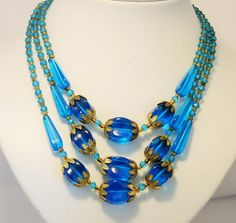 Vintage necklace. Blue glass beads. by chicvintageboutique on Etsy