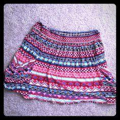 Forever 21 Aztec print skater skirt Cute skater skirt! Bright prints Forever 21 Skirts Circle & Skater