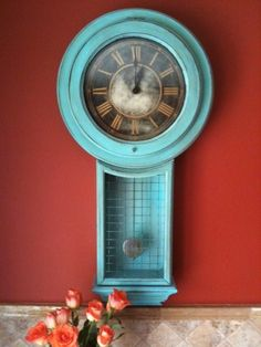 Old clock.  Gold and black glass removed and replaced with chicken wire.  Very nice!