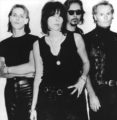 A selection of the best tracks ID Pretenders Chrissie Hynde, Johnny Marr, The Pretenders, Best Track, Live Rock, Band Photos, Rock Bands, Rock And Roll, Singer