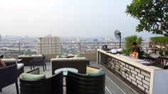 360 Rooftop Bar at the Millennium Hilton Bangkok Hotel, Thailand Bangkok Hotel, Hotel Thailand, Rooftop Bar, Resort Style, Family Travel, Air Flights, Things To Come, Patio, Outdoor Decor