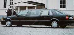 """SAAB 9000 turbo limousine Foto: privat  """"Förlängt vrålåk"""" Din bil nr.1 1988  Historia Limon var rejält förlängd med 108 cm och mätte totalt ca. 6 meter. Den var utrustad med Tv, video o..."""