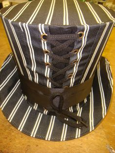 Steampunk madhatter black/white pinstriped Taffeta Top Hat  #Raven #SteampunkVictorianGothic