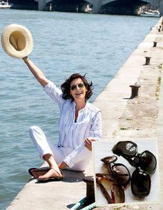 Parisienne Chic, European Fashion, Timeless Fashion, Gloria Vanderbilt, Roger Vivier, Smart Casual Work, Best Fragrance For Men, French Chic, French Style