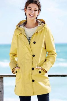 The asymmetrical zipper on this Asos parka is simply chic. Click ...
