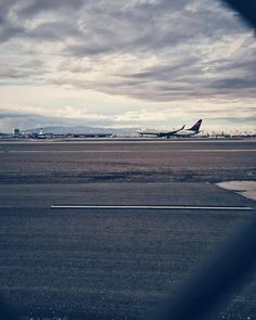 I would rather be able to appreciate things I can not have than to have things I am not able to appreciate. #vsco #vscocam #LasVegas #readyfortakeoff