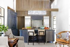 A Rugged and Natural MODERN HOME