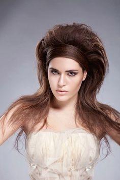 Protagonista di questa collezione capelli bridal 2015 proposta da Egidio Borri, è la treccia che continua ad essere un'acconciature di tendenza capace di aprirsi a diverse interpretazioni da quelle…