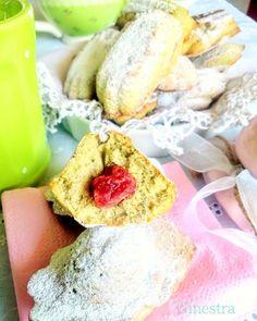 Madeleines al pistacchio http://ift.tt/2bMKtC8 #glutenfree #senzaglutine #madeleines #ifoodit #dolcivisioni #foodpic #dolcino