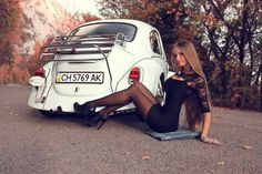 Cool Cars girl 2019 chick magnet… Check more at autoboard. Vw Bus, Volkswagen Group, Car Girls, Pin Up Girls, Kdf Wagen, Hot Vw, Girly Car, Le Polo, Vw Beetles