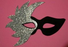 Diy Masquerade Decorations, Masquerade Party, Birthday Party Decorations, Carnival Crafts, Carnival Masks, Crafts For Seniors, Crafts For Kids, Crafty Projects, Projects To Try