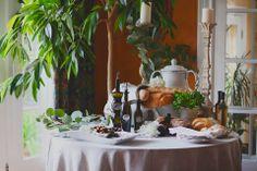 Toque Catering- Victoria BC/Oils & Bread Presentation/Vancouver Island Weddings